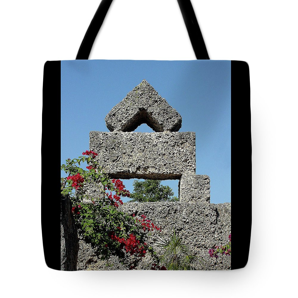 Sunlight Tote Bag featuring the photograph Coral Castle For Love by Shirley Heyn