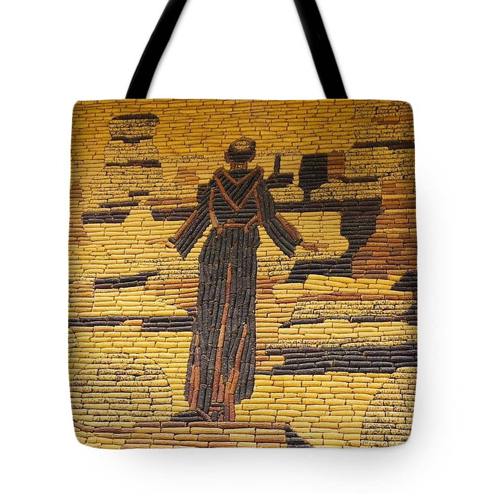 Design Tote Bag featuring the photograph Corn Art At Corn Palace 06 by Art Spectrum