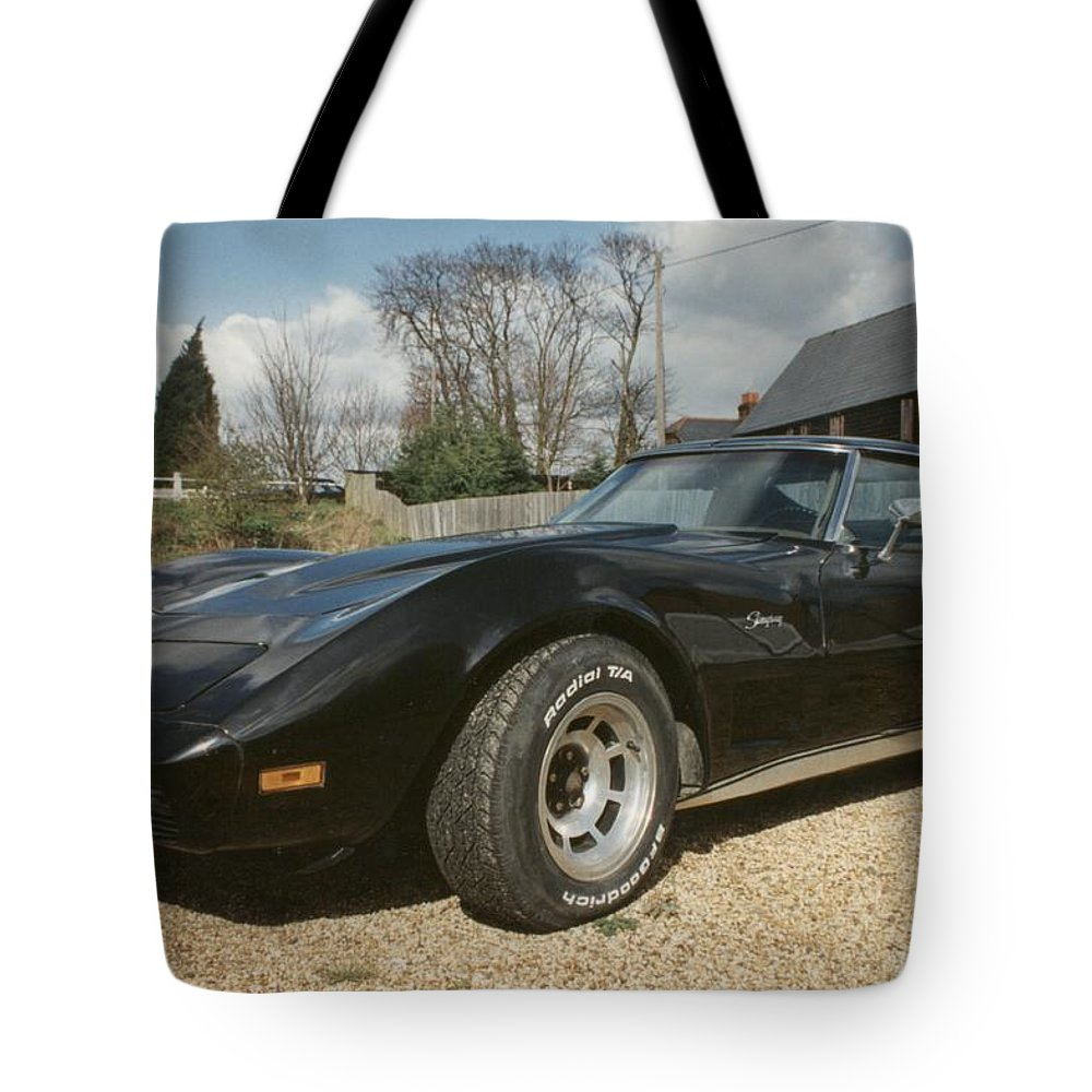 American Sports Tote Bag featuring the photograph Corvette Stingray C3 by Ted Denyer