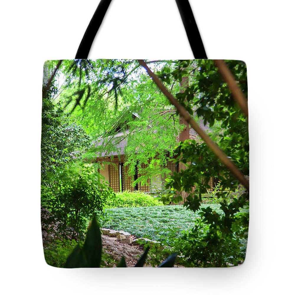 Landscape Tote Bag featuring the photograph Cottage Hidden Rip Van Winkle Gardens Louisiana by Chuck Kuhn
