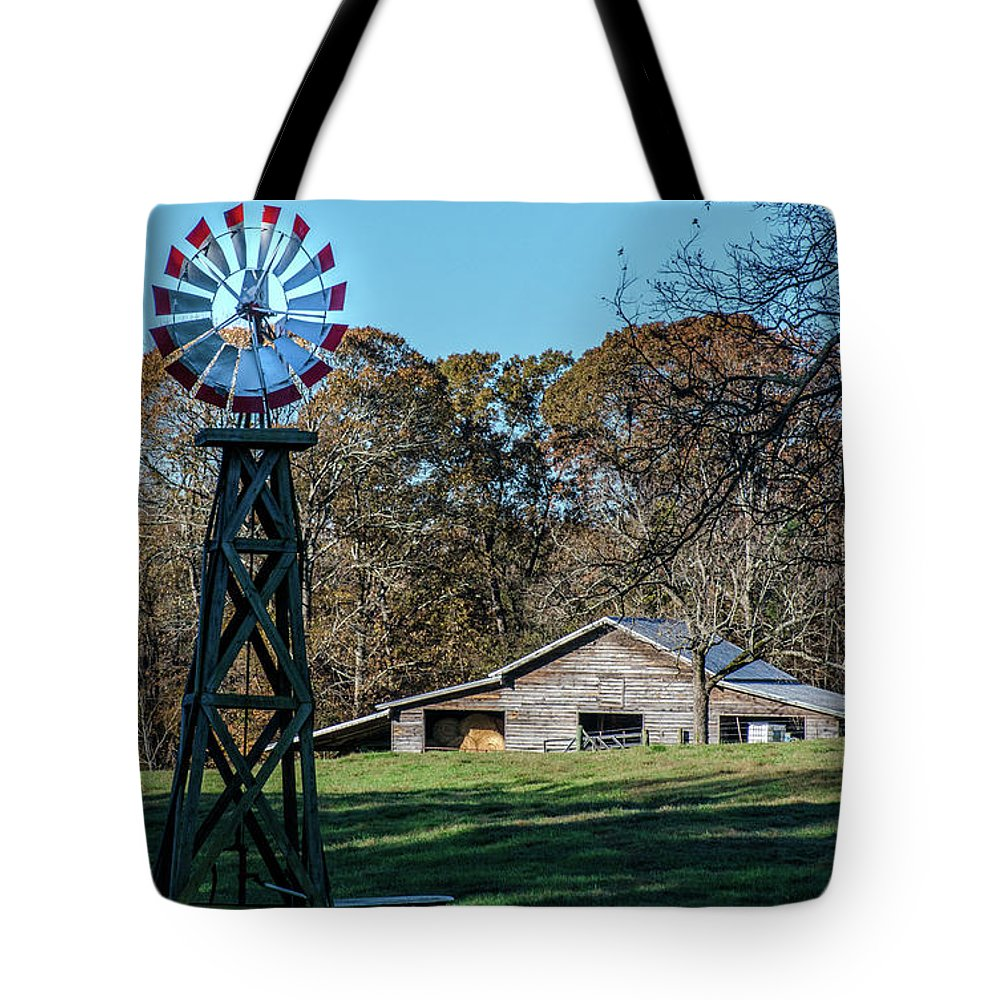 Barns In Georgia Tote Bag featuring the photograph Country Living by Trish Marzullo