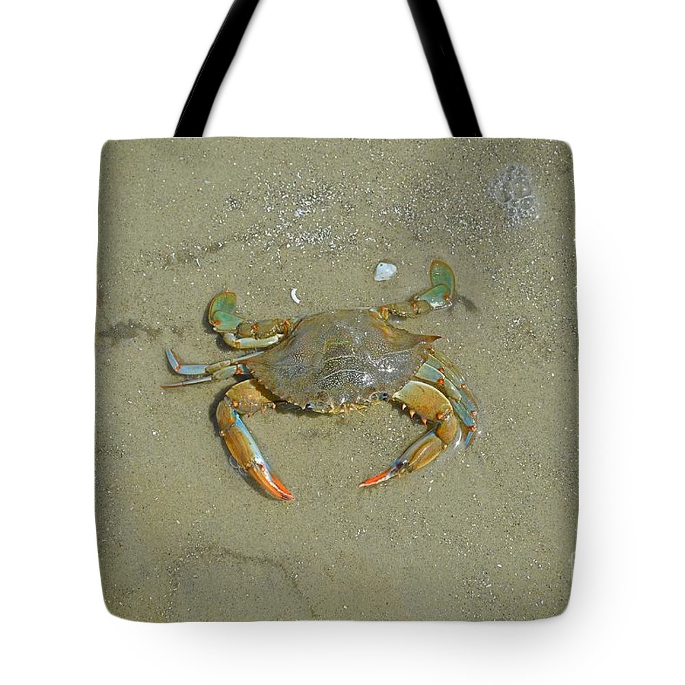 Crab Tote Bag featuring the photograph Crabby by Linda Covino