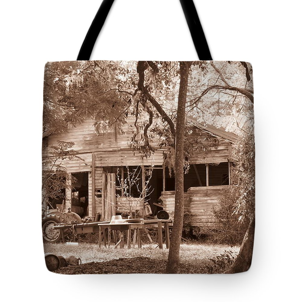 Landscape Tote Bag featuring the photograph Cracker House #2 by Roger Epps