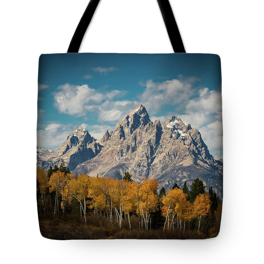 5dsr Tote Bag featuring the photograph Crown For Tetons by Edgars Erglis