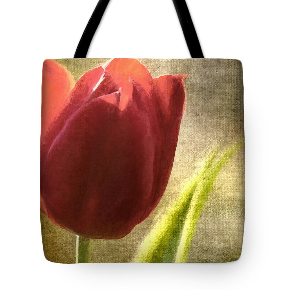 Flowers Tote Bag featuring the photograph Currently Vintage Xvii by Tina Baxter