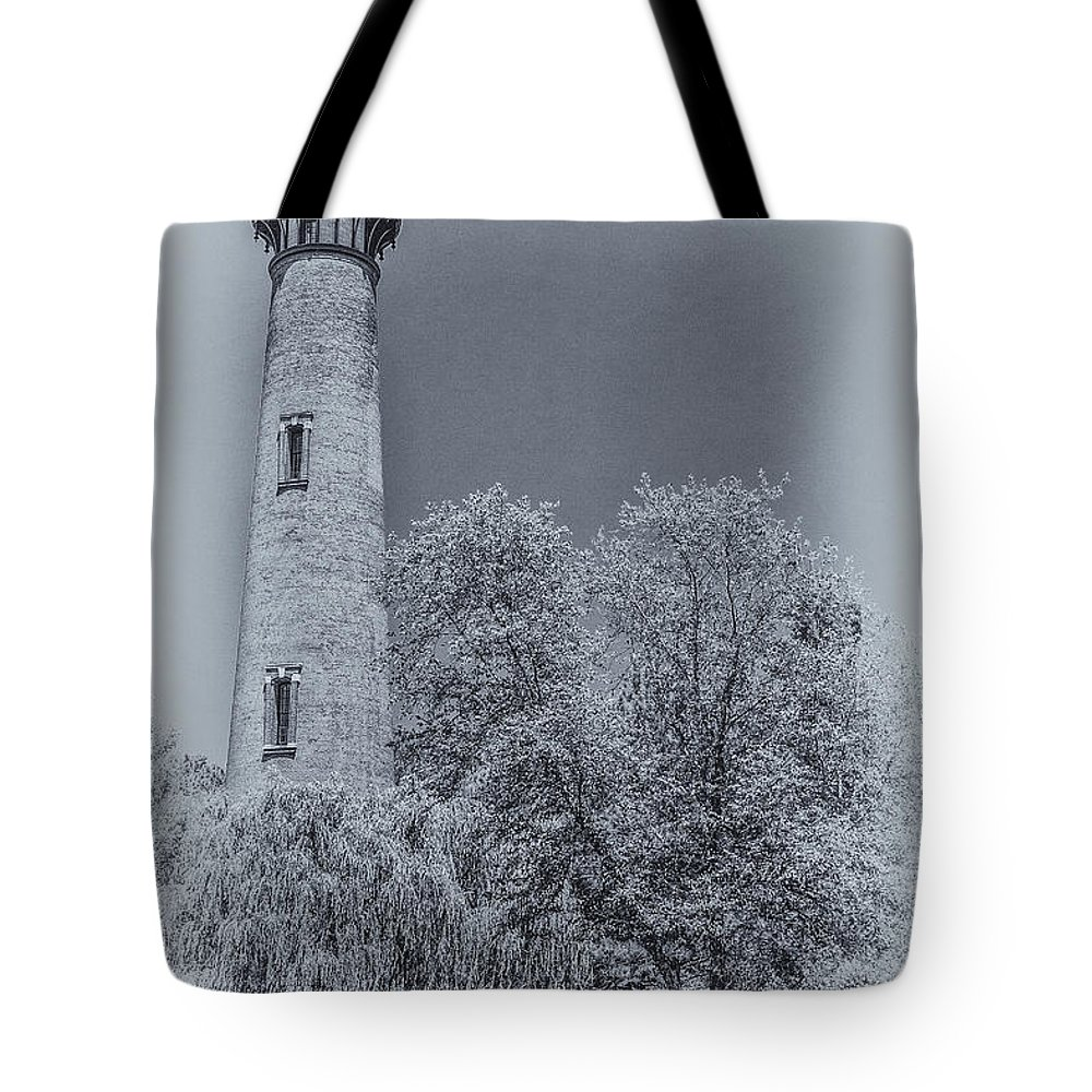 Currituck Beach Lighthouse Tote Bag featuring the digital art Currituck Beach Lighthouse by Randy Steele