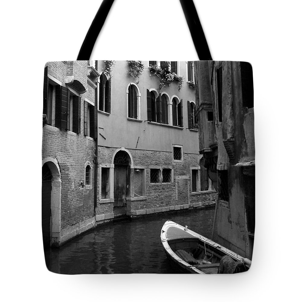 Venice Tote Bag featuring the photograph Curved Canal by Donna Corless
