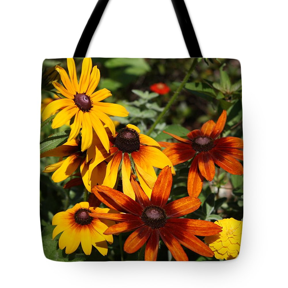 Flowers Tote Bag featuring the photograph Daisies by Donna Walsh