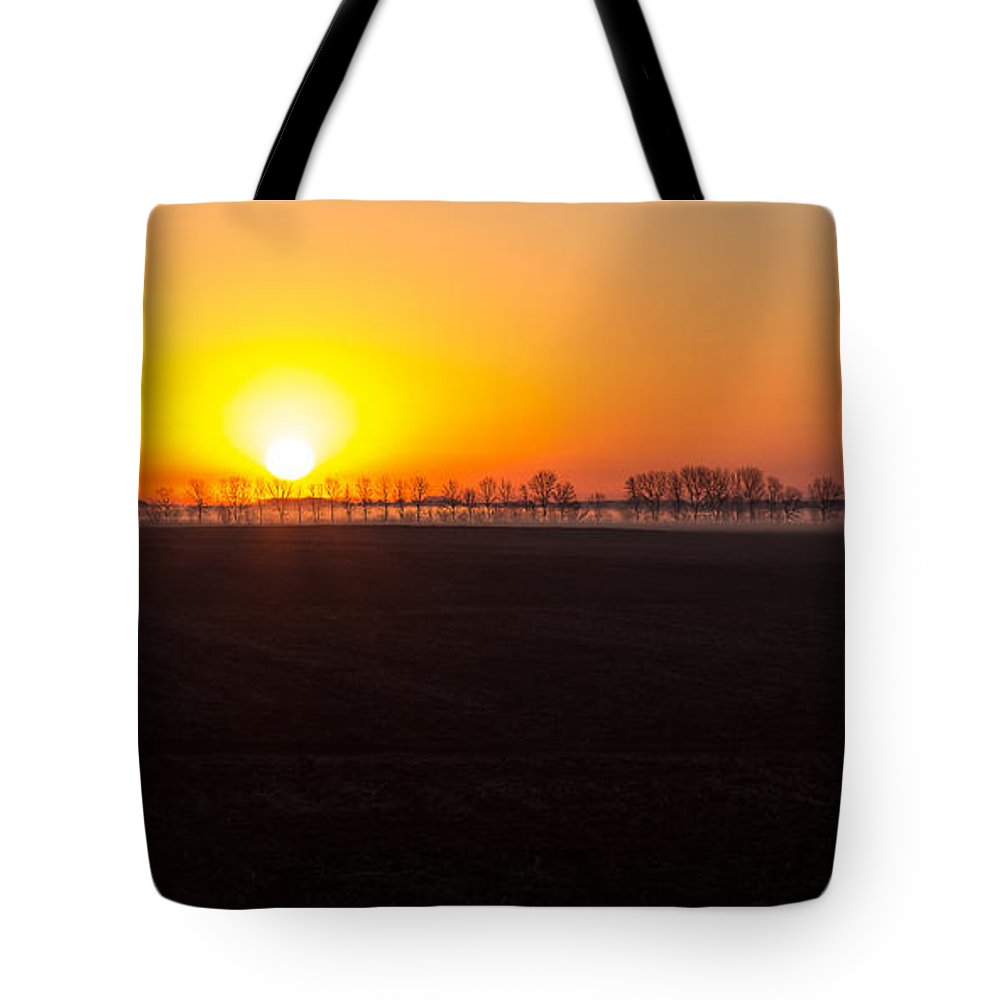 Sunrise Tote Bag featuring the photograph Dakota Morning by Penny Meyers