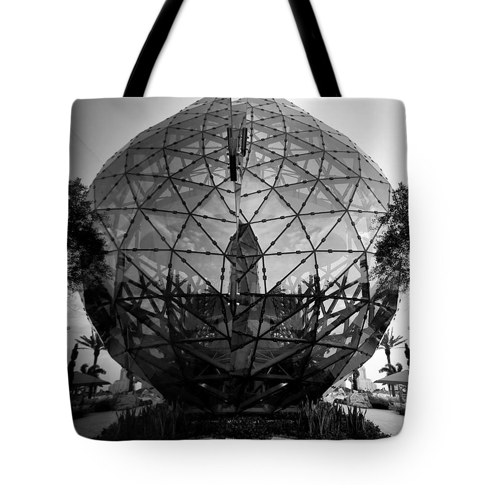 Fine Art Photography Tote Bag featuring the photograph Dali Ball by David Lee Thompson