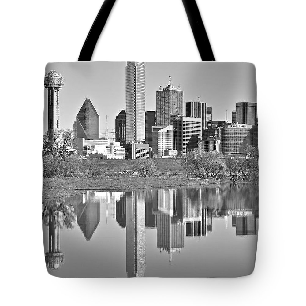 Dallas Tote Bag featuring the photograph Dallas Monochrome by Skyline Photos of America