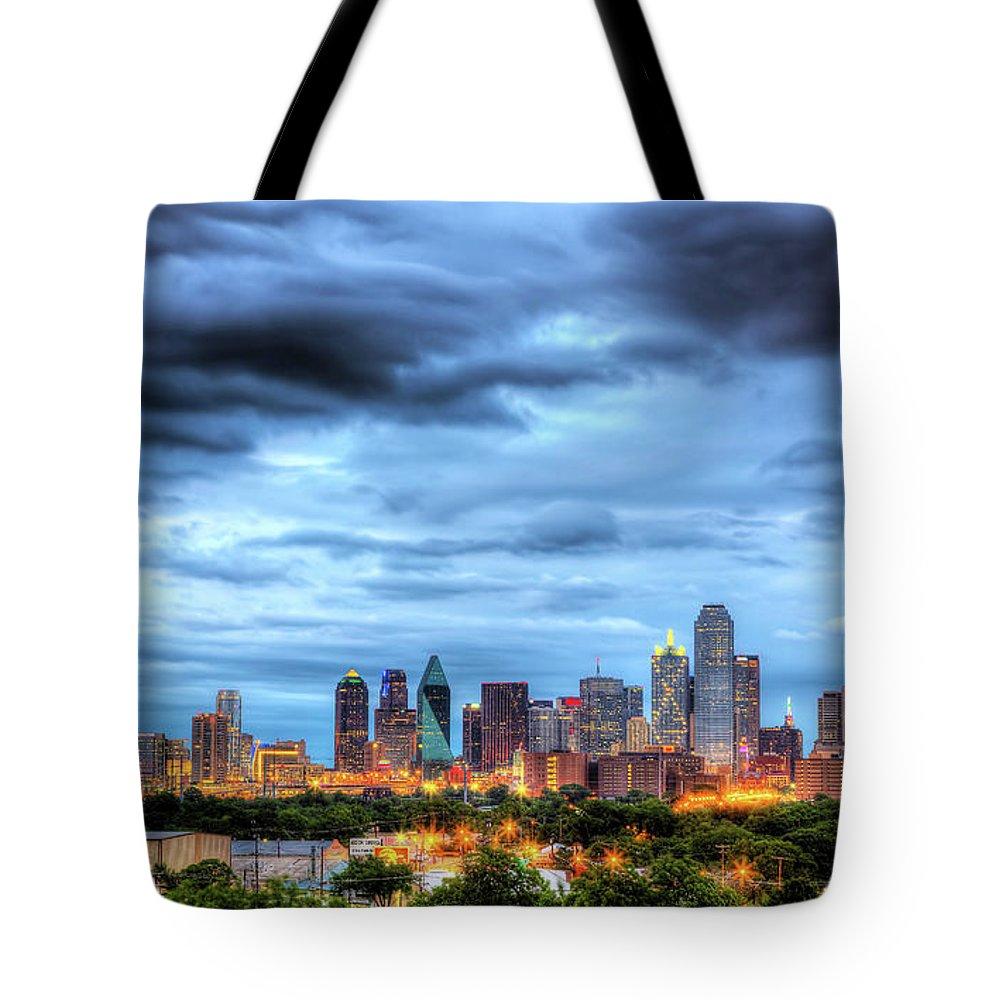 Dallas Tote Bags