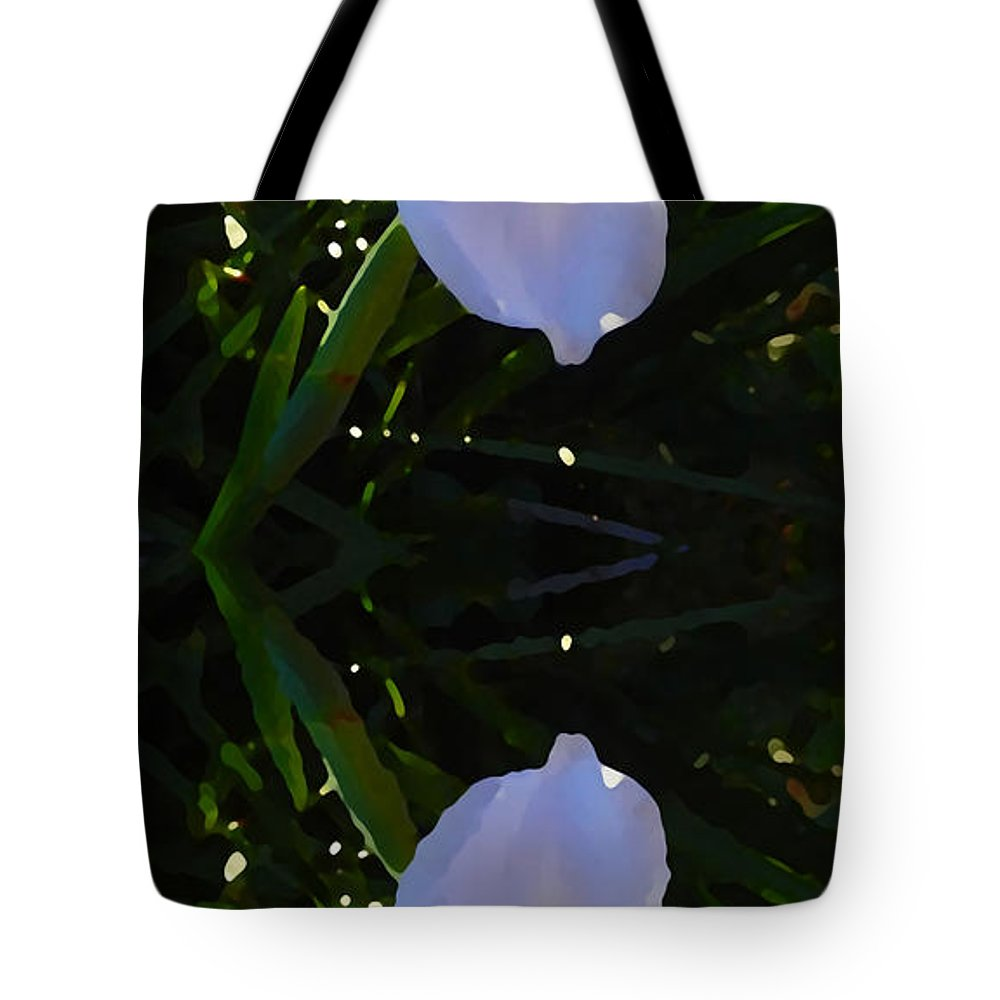 Daylily Tote Bag featuring the painting Day Lily Reflection by Amy Vangsgard