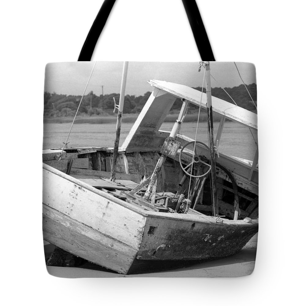 Abandoned Tote Bag featuring the photograph Decommissioned by Richard Rizzo