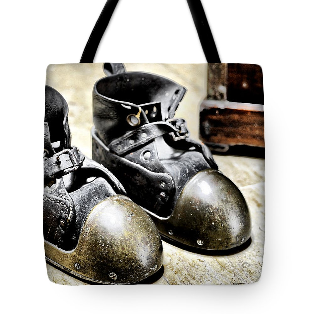 Hdr Tote Bag featuring the photograph Deep Diver Boots Hdr And Vintage Process by Pedro Cardona Llambias