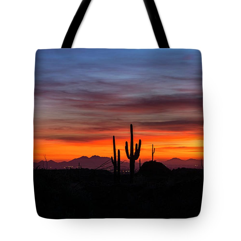 Saguaro Sunset Tote Bag featuring the photograph Desert Skyline by Saija Lehtonen