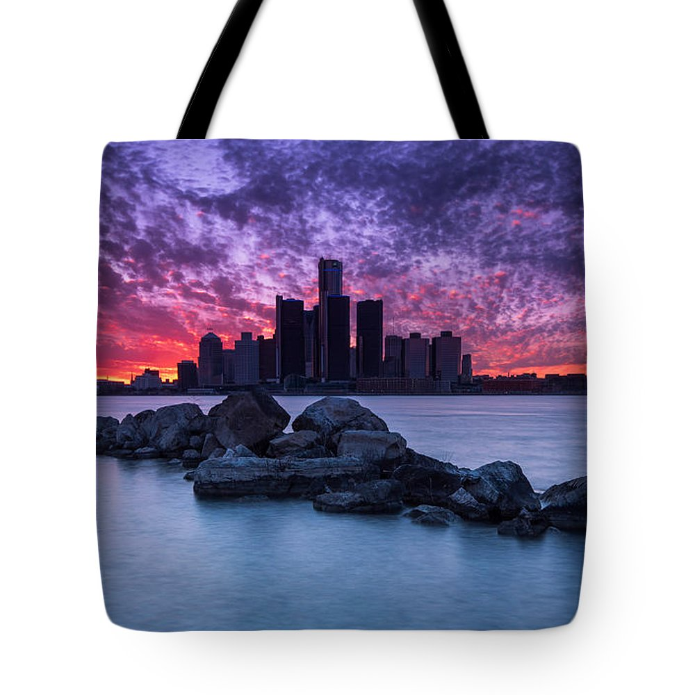 Detroit Tote Bag featuring the photograph Detroit Skyline Clouds by Cale Best