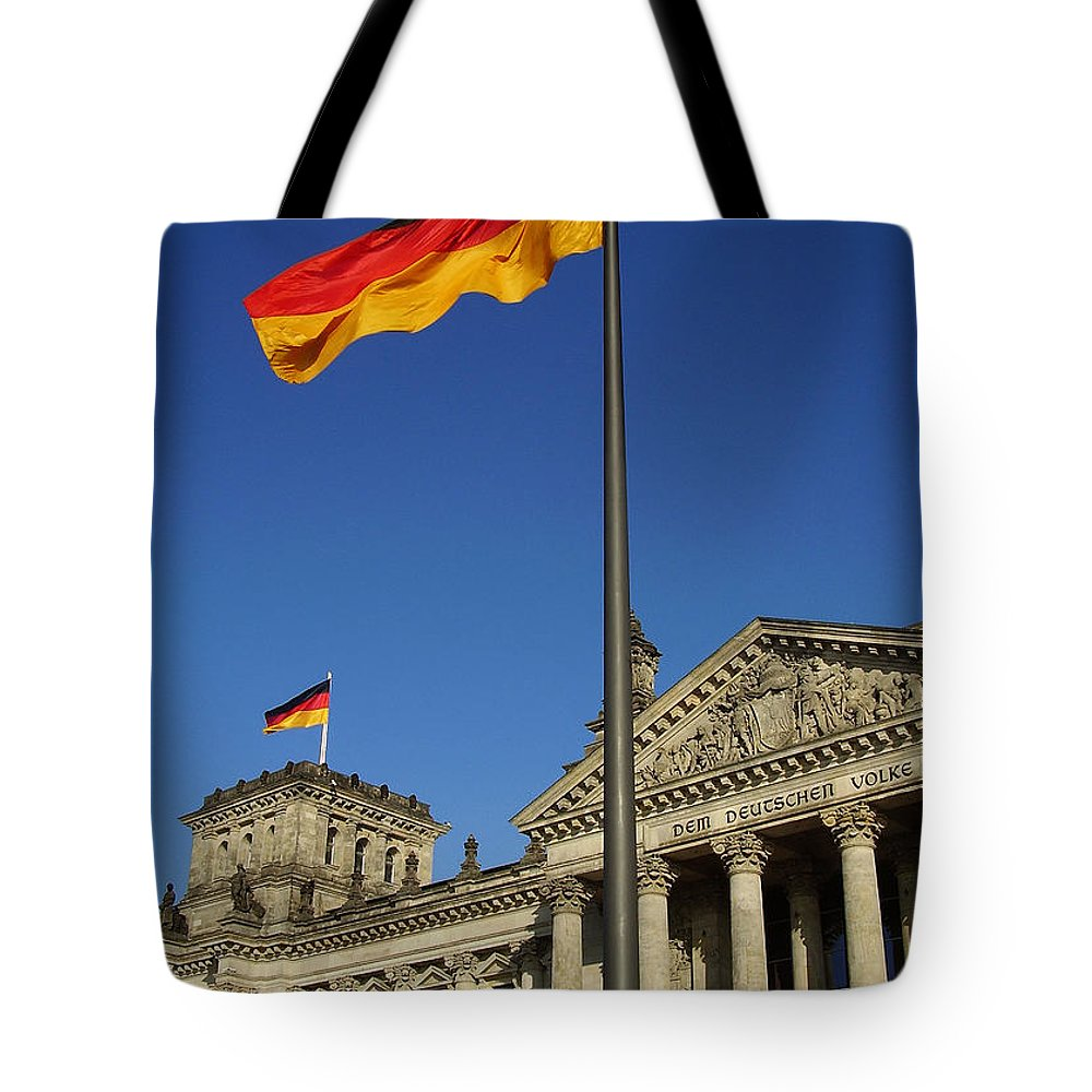 Deutscher Bundestag Tote Bag featuring the photograph Deutscher Bundestag by Flavia Westerwelle
