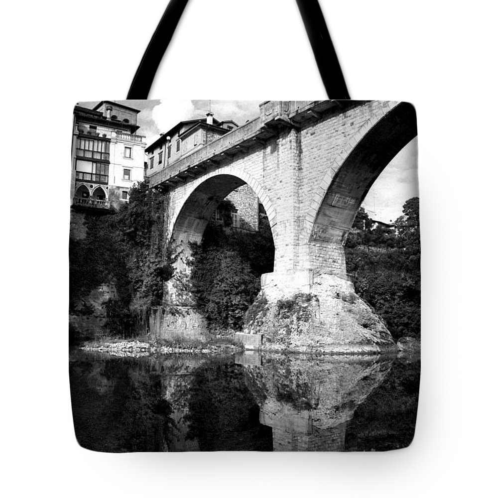 Italy Tote Bag featuring the photograph Devil's Bridge by Donna Corless