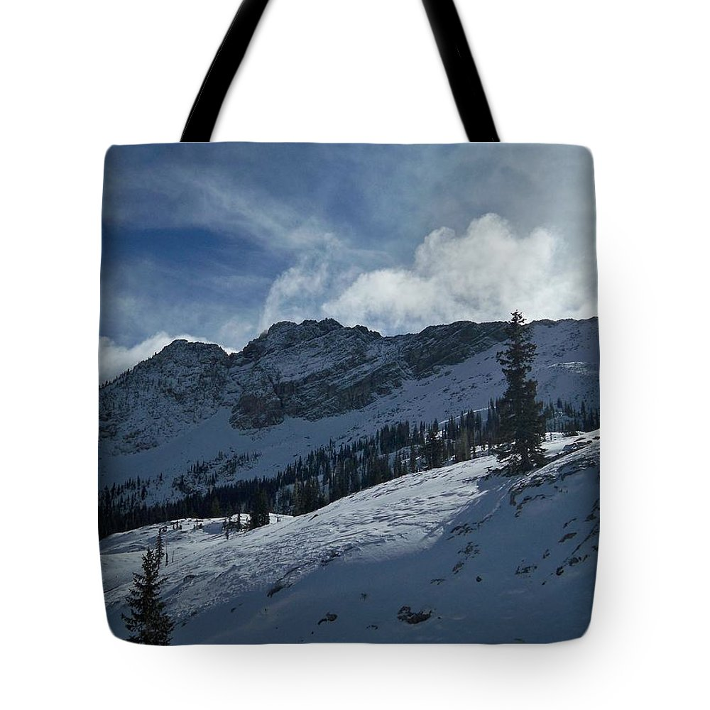 Ski Tote Bag featuring the photograph Devils Castle Morning Light by Michael Cuozzo