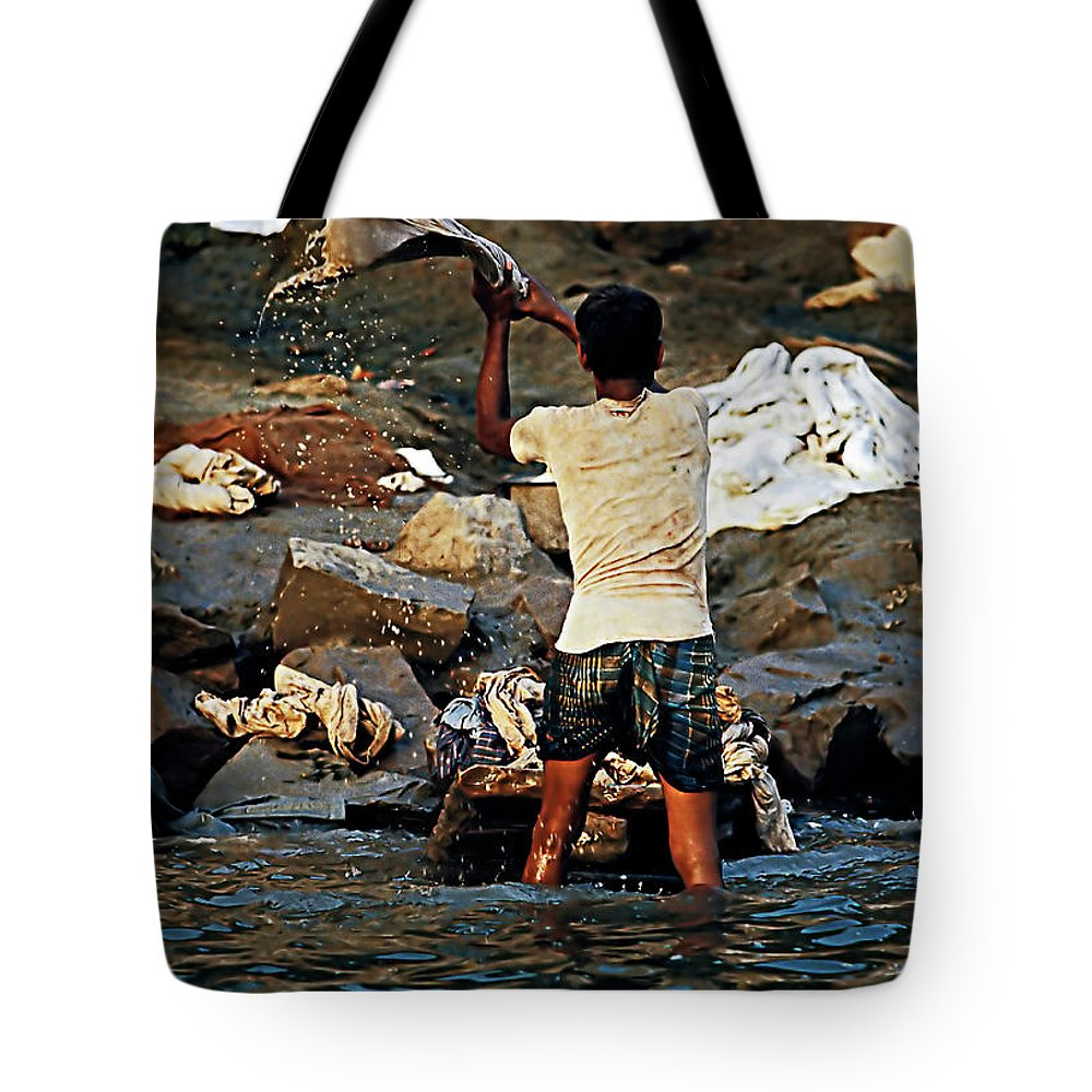 Dhobi Tote Bag featuring the photograph Dhobi Wallah by Steve Harrington