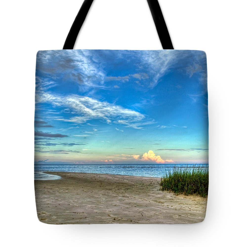 Beach Tote Bag featuring the photograph Distant Thunderhead by Rich Leighton