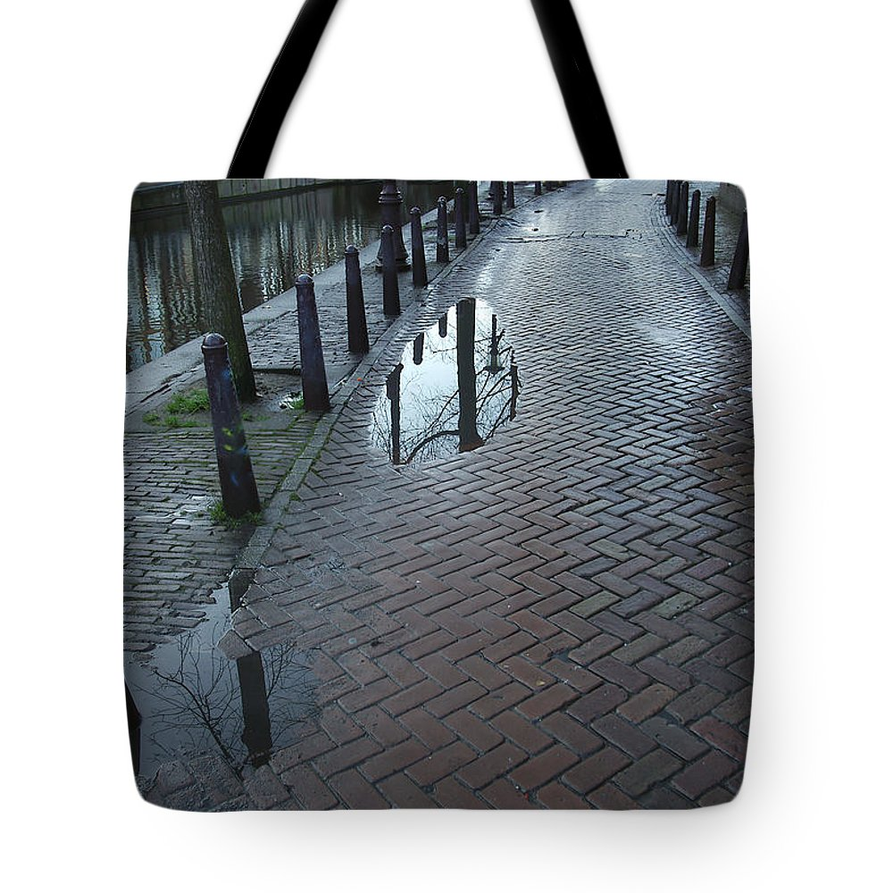 Landscape Amsterdam Red Light District Tote Bag featuring the photograph Dnrh1109 by Henry Butz