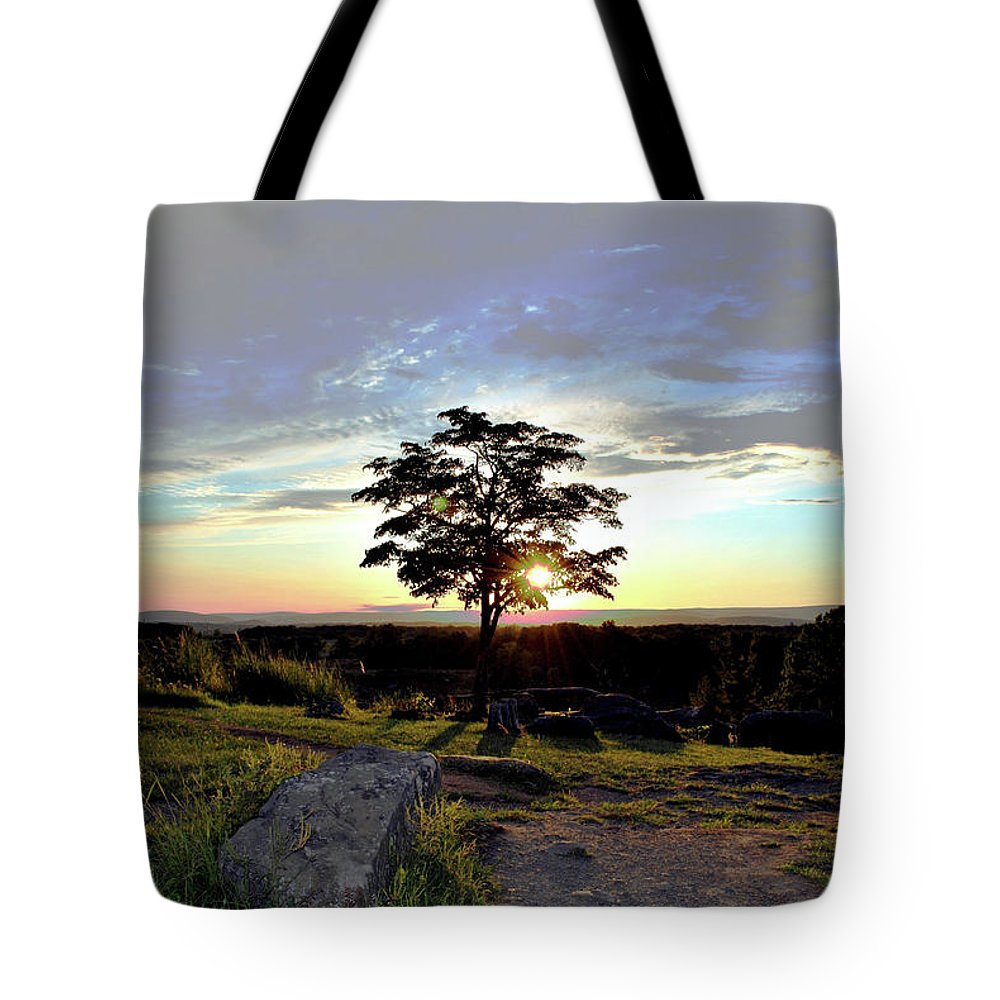 Gettysburg Tote Bag featuring the photograph Dogwood On Little Round Top by Jen Goellnitz