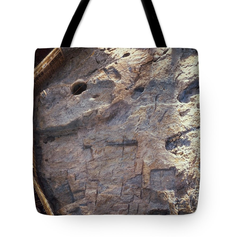 1960 Tote Bag featuring the photograph Dome Of The Rock: Moriah by Granger