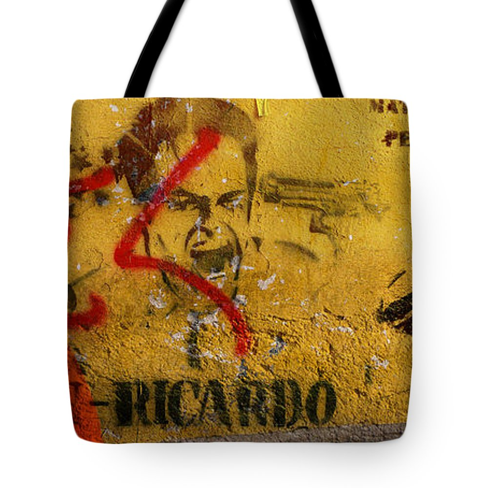 Grafitti Tote Bag featuring the photograph Don-ricardo by Skip Hunt