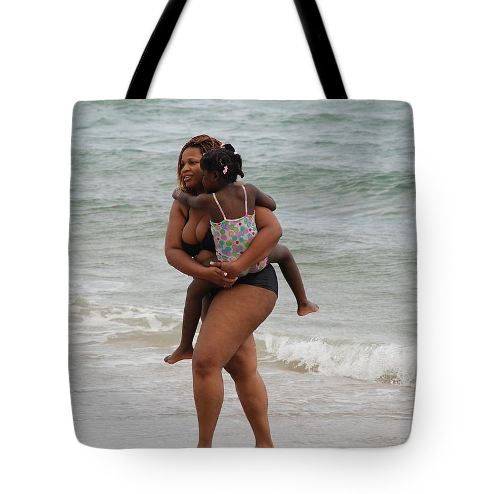 Sea Scape Tote Bag featuring the photograph Done For The Day by Rob Hans