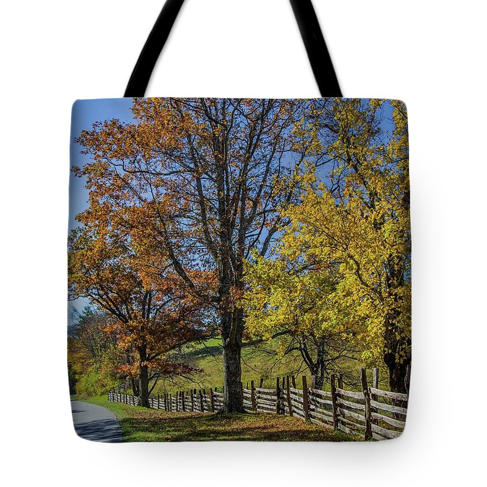 Scenic Tote Bag featuring the photograph Don't Fence Me In by Kevin Craft