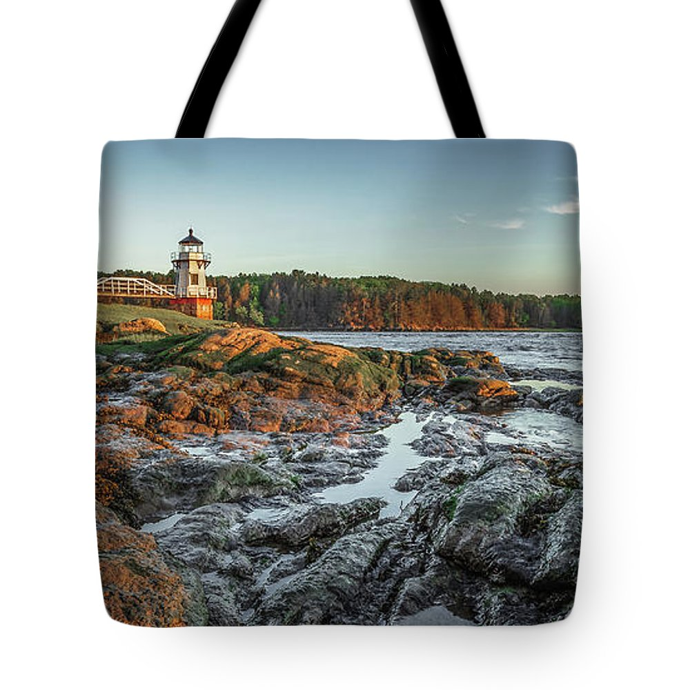 Maine Lighthouse Coast Ocean Bath Tote Bag featuring the photograph Doubling at Dusk by David Hufstader