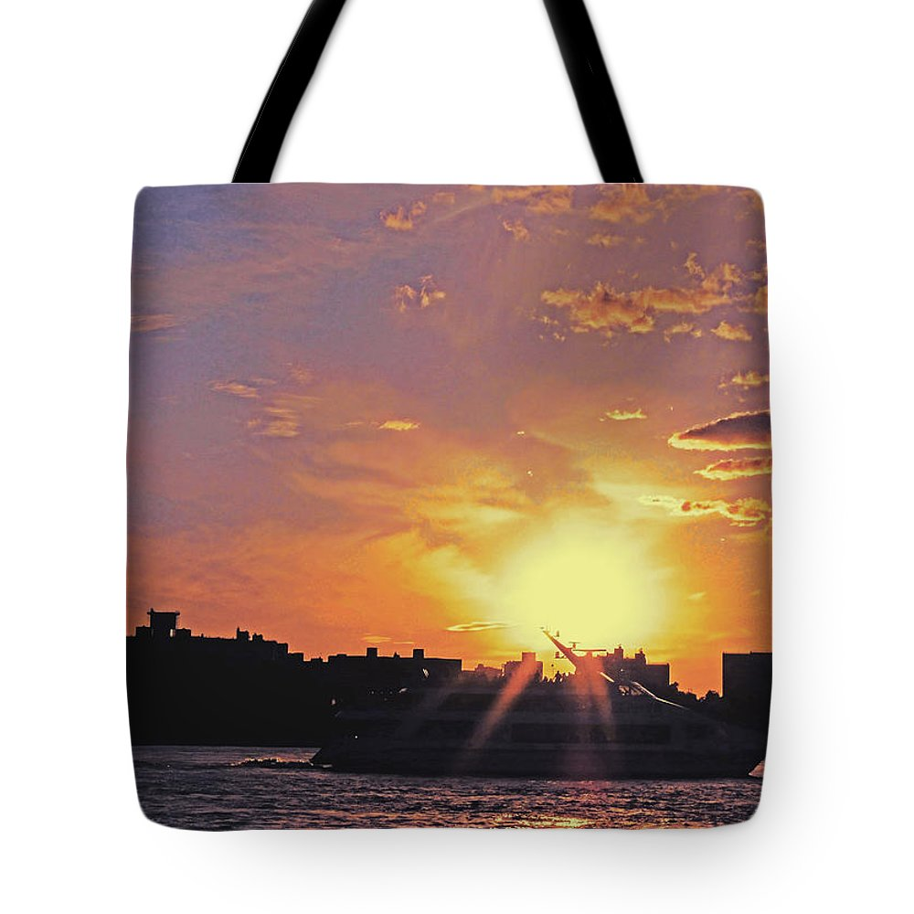 Ship Tote Bag featuring the photograph Down The Hudson by Kendall Eutemey
