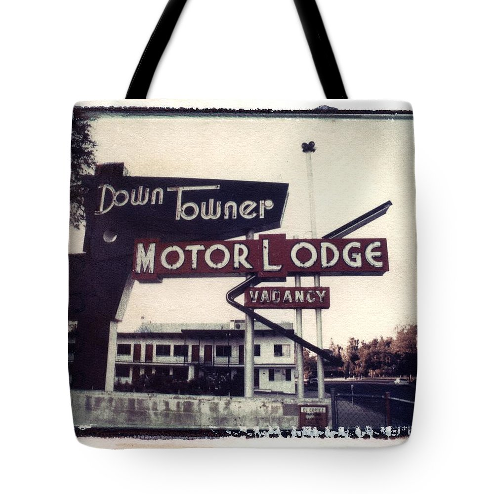 Landscape Tote Bag featuring the photograph Down Towner by Jane Linders
