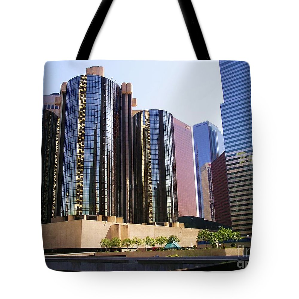 Downtown Los Angeles Tote Bag featuring the photograph Downtown Los Angeles - 01 by Sofia Metal Queen