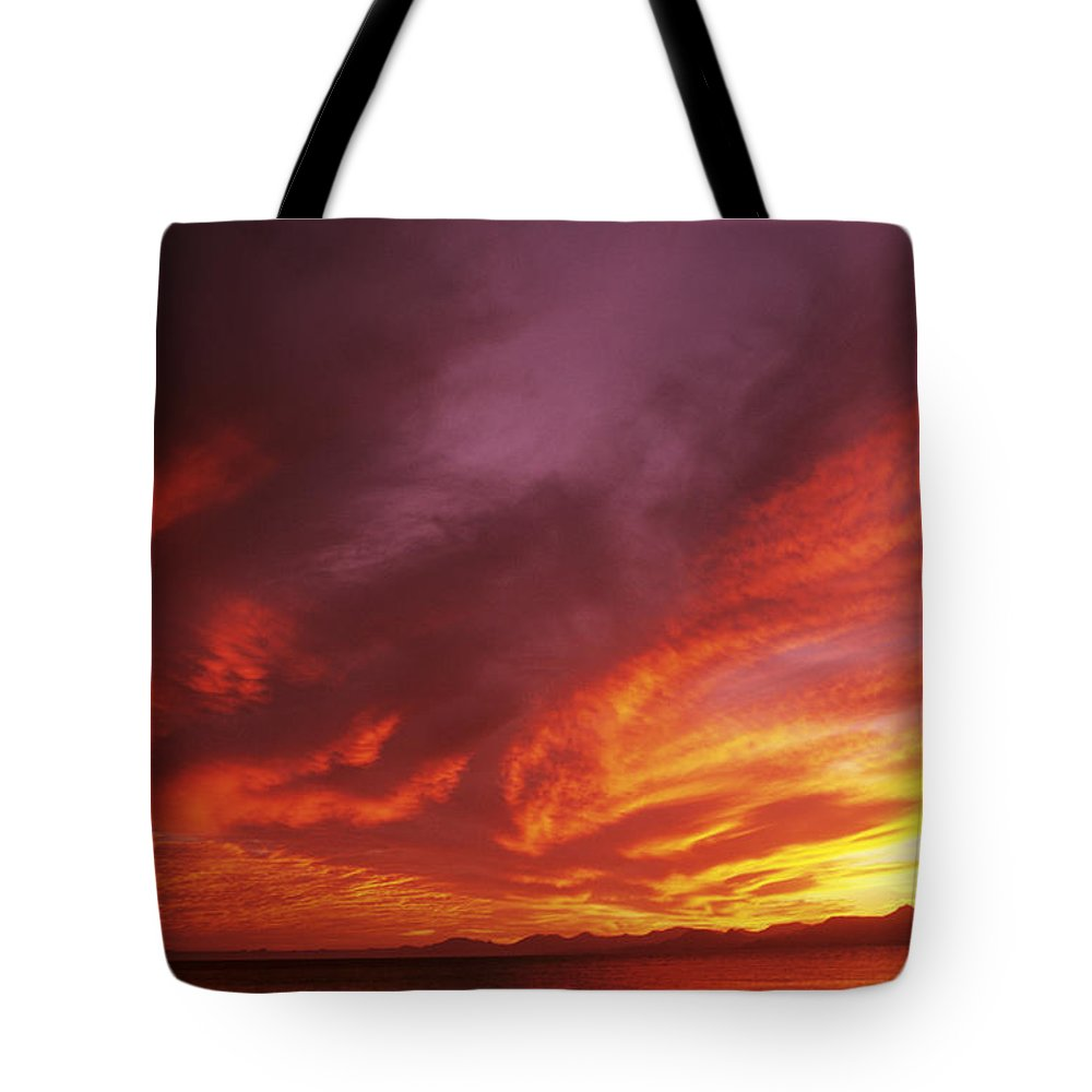 Air Art Tote Bag featuring the photograph Dramatic Sunset by Larry Dale Gordon - Printscapes