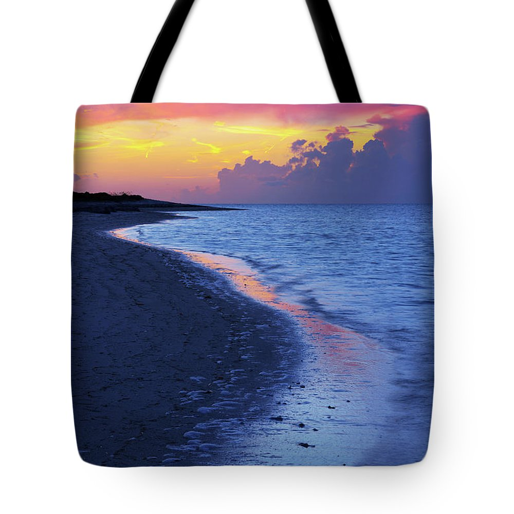 Draw Photographs Tote Bags