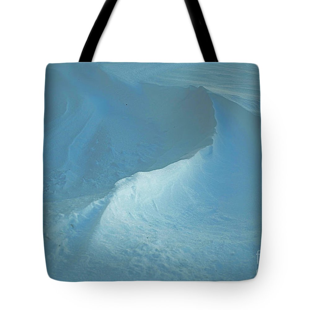 Quincy Illinois Tote Bag featuring the photograph Drifted Snow Waves by Luther Fine Art