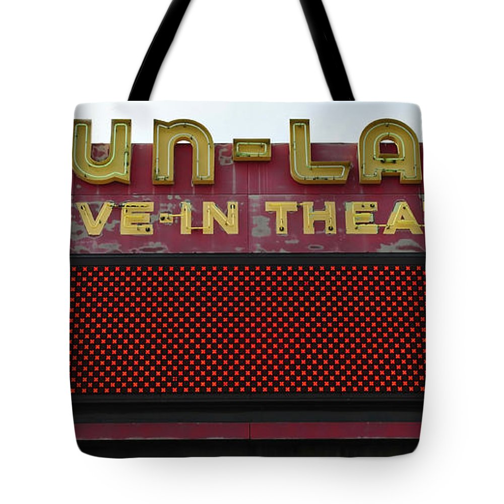 Drive In Theatre Tote Bag featuring the photograph Drive Inn Theatre by David Lee Thompson
