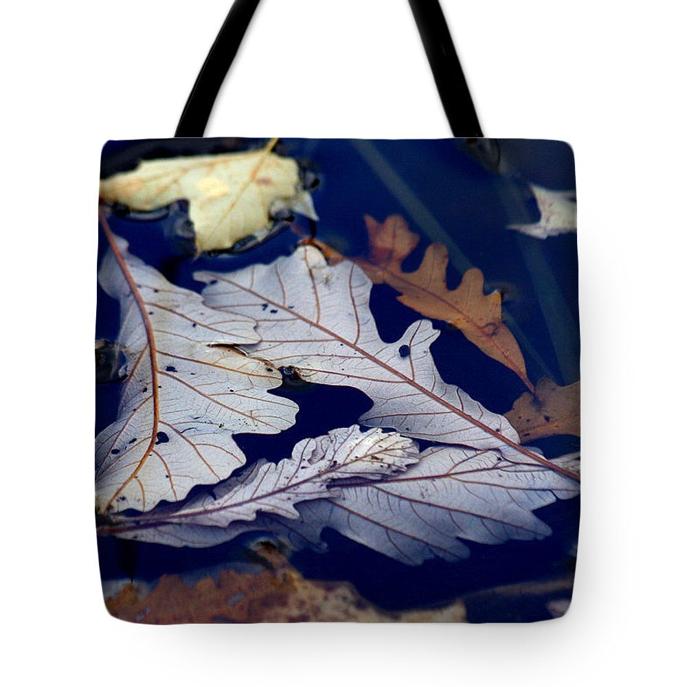Leaf Tote Bag featuring the photograph Drowning In Indigo by Doris Potter
