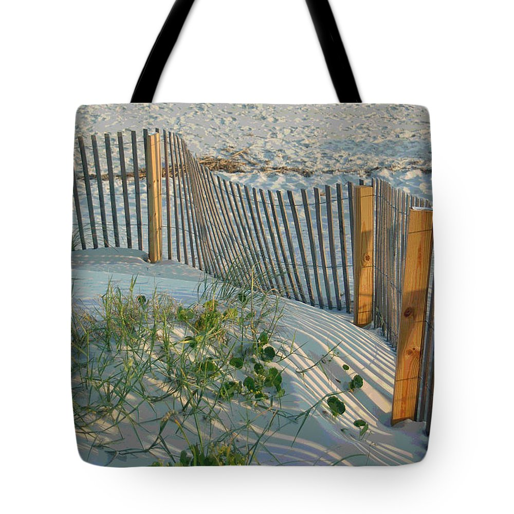 Sea Fence Tote Bag featuring the photograph Dune Fence by Suzanne Gaff