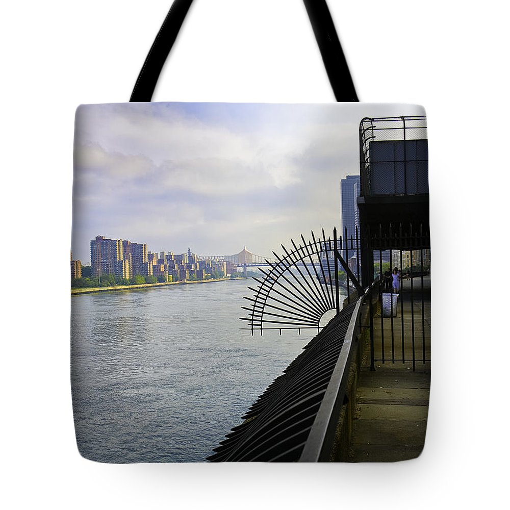 East River Tote Bag featuring the photograph East River View Looking South by Madeline Ellis