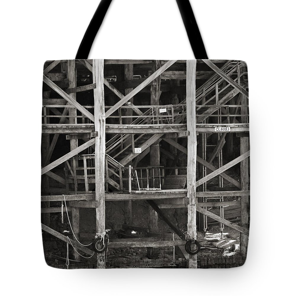 Wharf Tote Bag featuring the photograph Echuca Wharf by Kelly Jade King