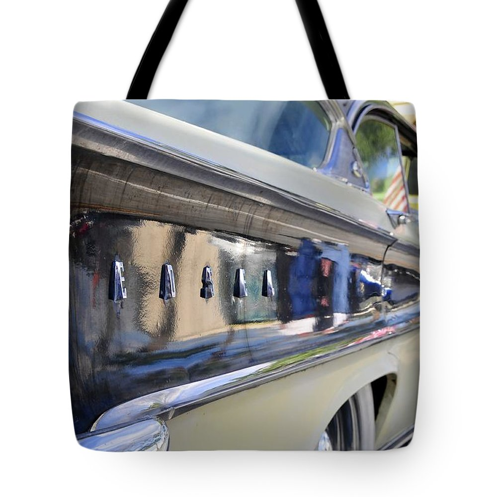 Parade Tote Bag featuring the photograph Edsel On Parade by David Lee Thompson