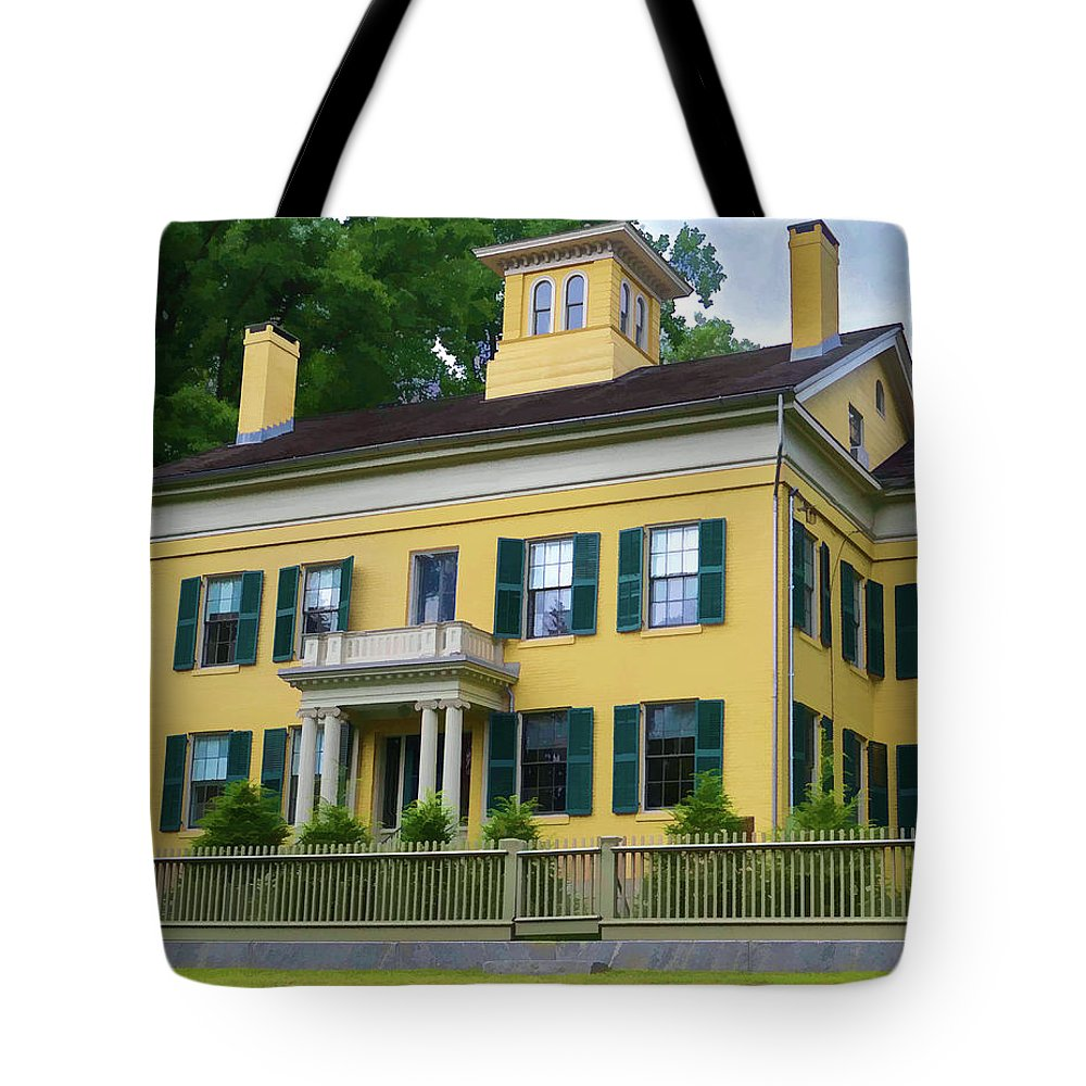 New England Tote Bag featuring the photograph Emily Dickinson House by Dave Thompsen