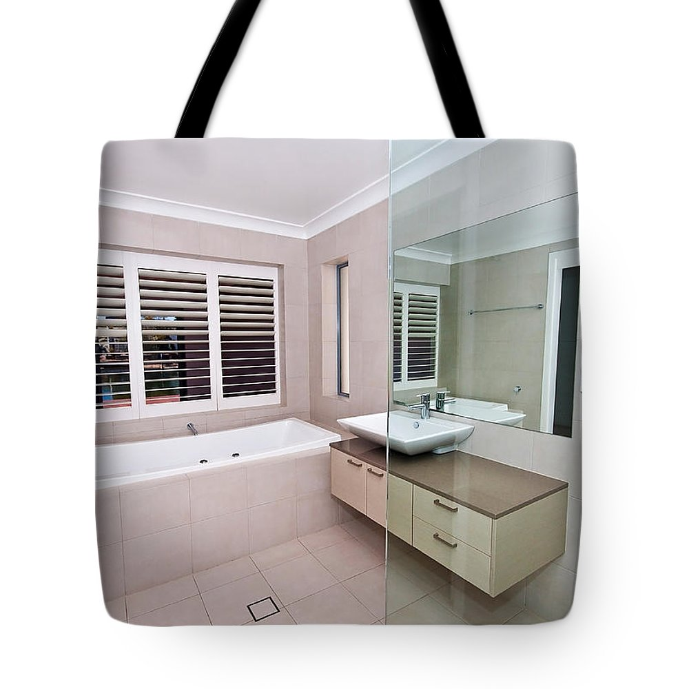 Bath Tote Bag featuring the photograph Empty Bathroom by Darren Burton