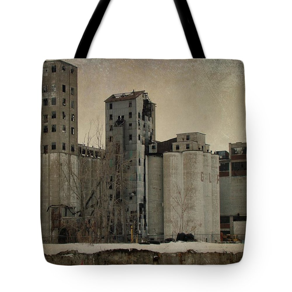 Empty Building Tote Bag featuring the photograph Empty Windows by Gothicrow Images