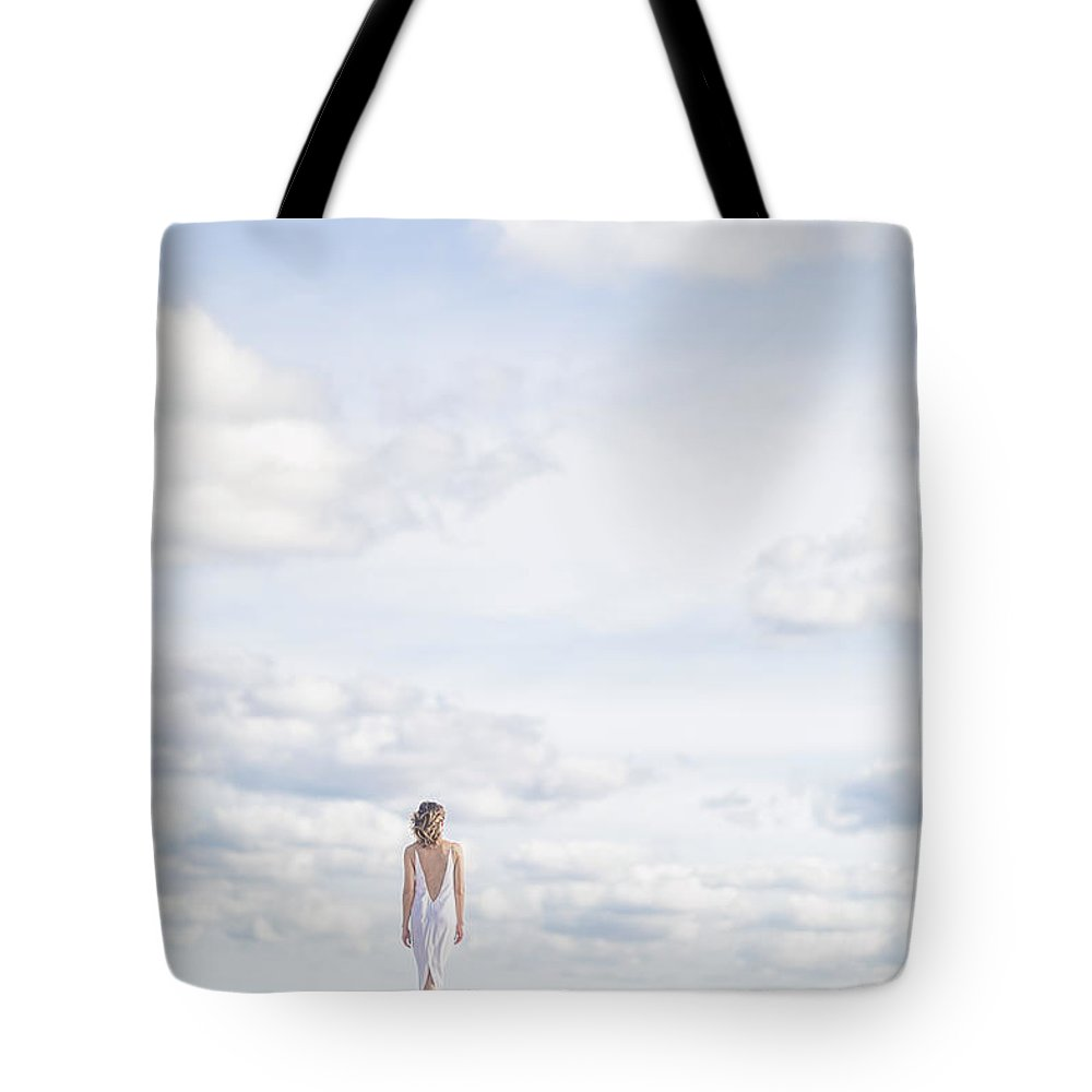 Wedding Dress Photographs Tote Bags