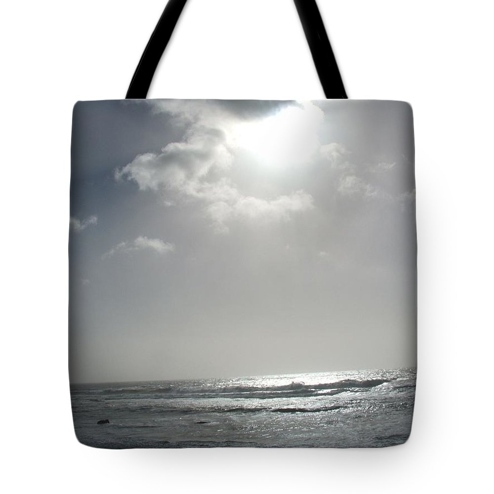 Black And White Tote Bag featuring the photograph Enlightened by Shari Chavira